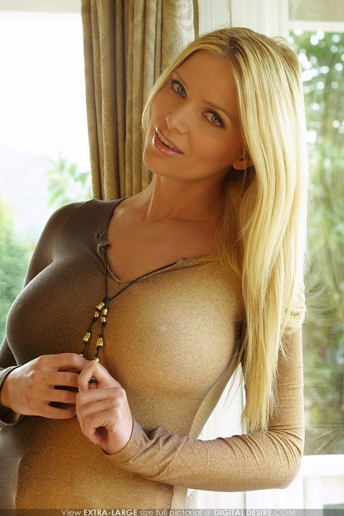tits big Super model hot