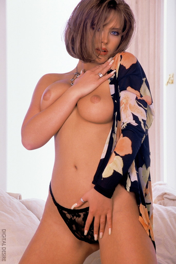 Nude asian girls with short hair