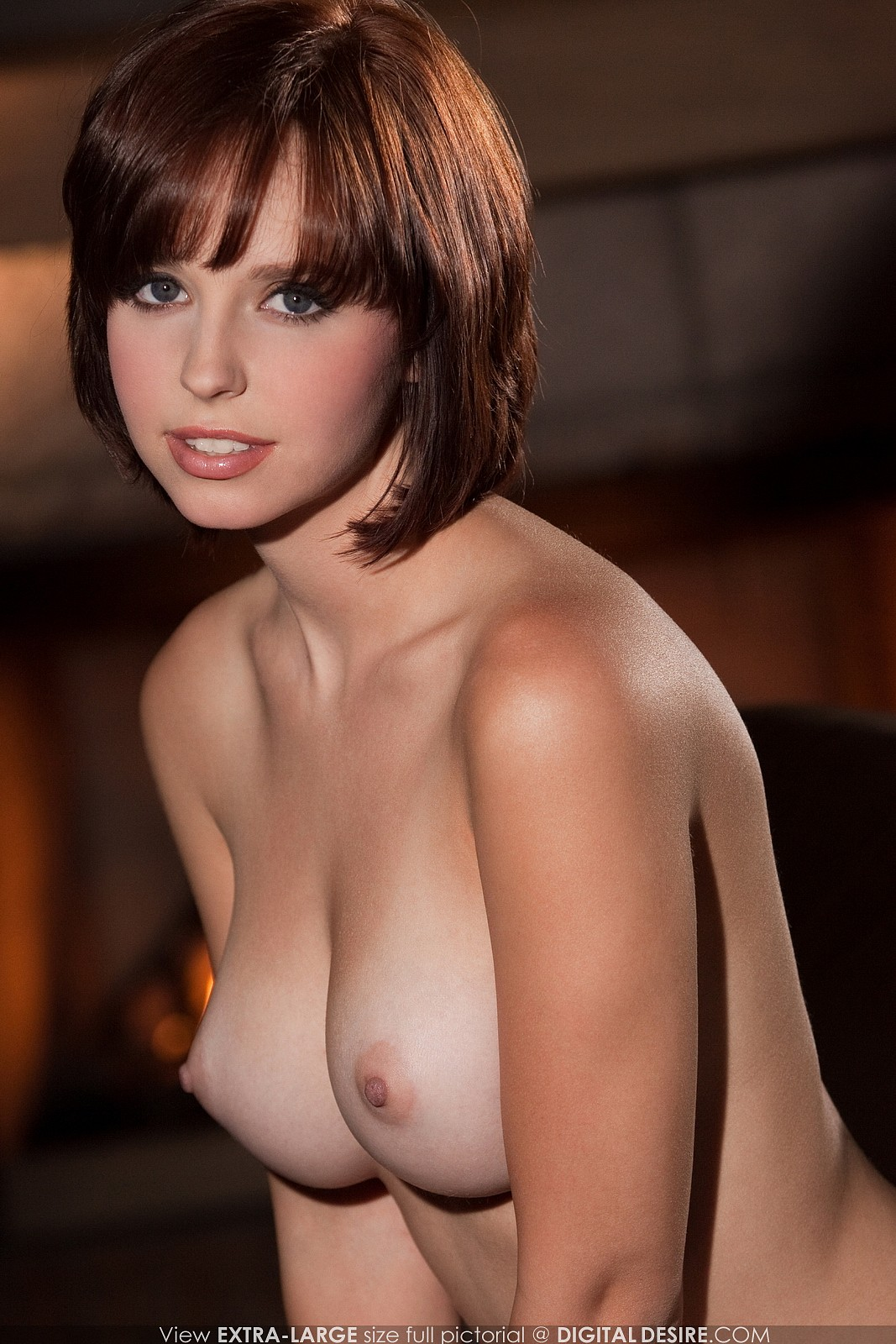 nude girl no bra perky