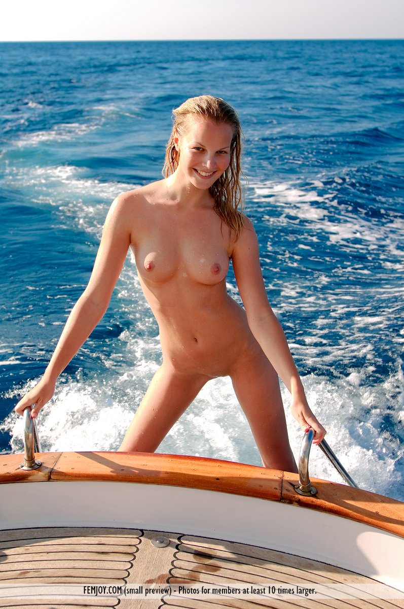 naked on boat