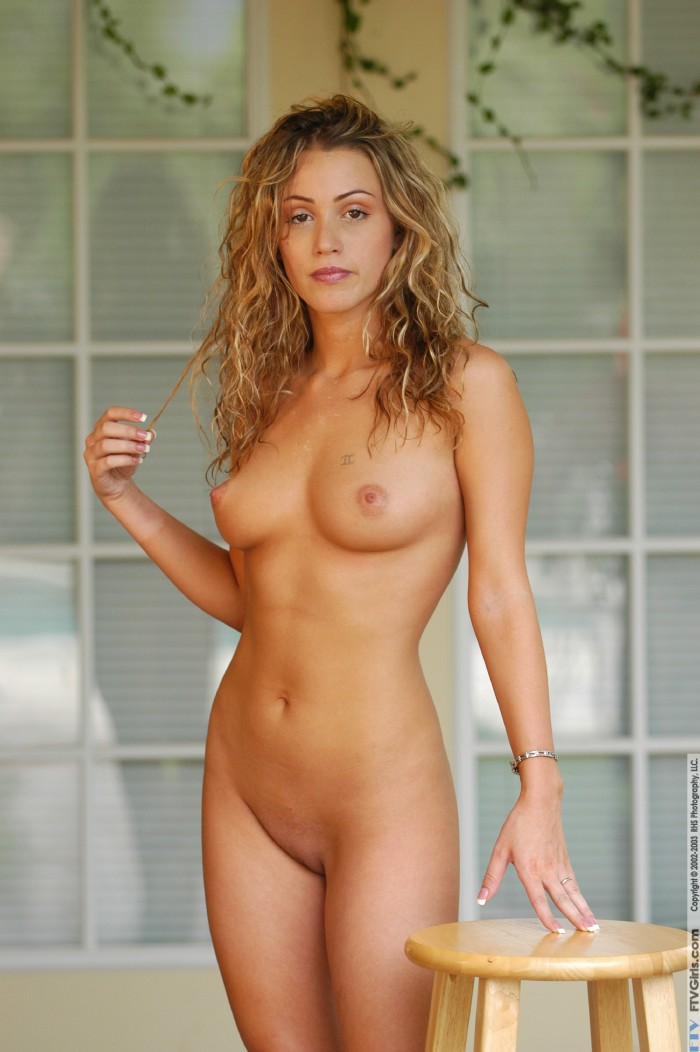 Paula faris nude sex and the city