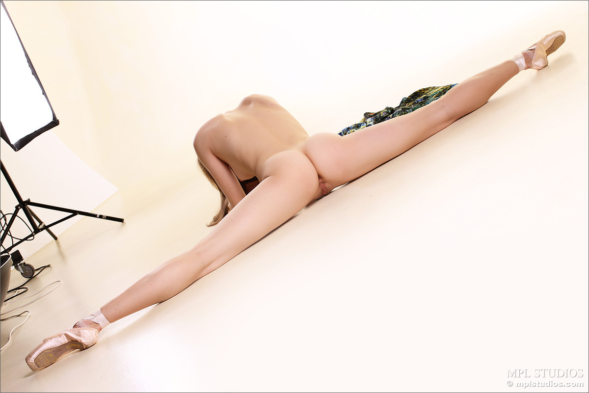 Nude ballet dancer sex