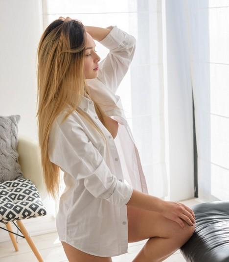 sexy Karina Baru home alone teasing