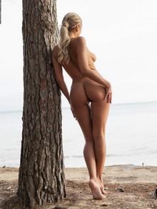 Margo Dumas on the beach
